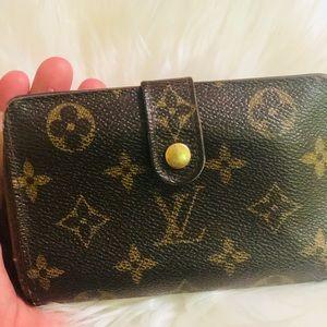 Louis Vuitton Wallet ♥️(Offers)